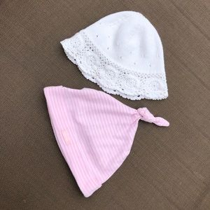 GAP Accessories - Bundle of two baby girl hats size 2-9 months